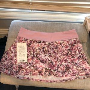 🌸🌸New Lululemon Floral Skirt 🌸🌸